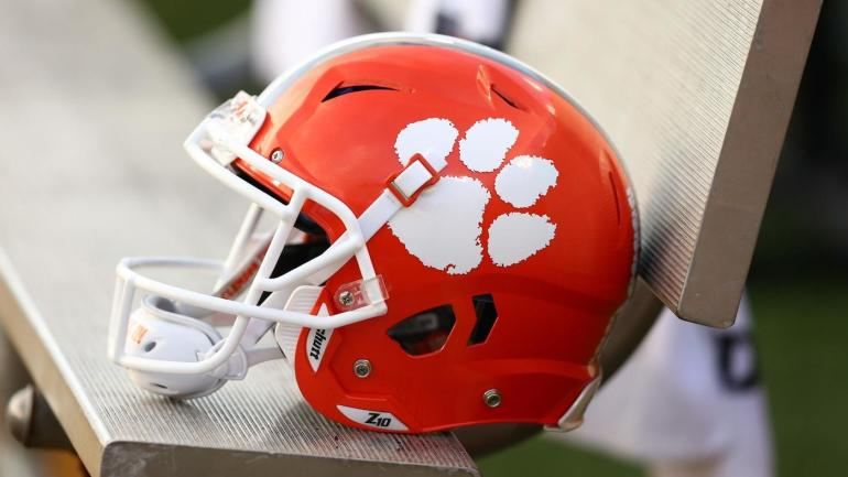 Clemson football recruiting: Tigers land commitment of top-ranked player in Class of 2021