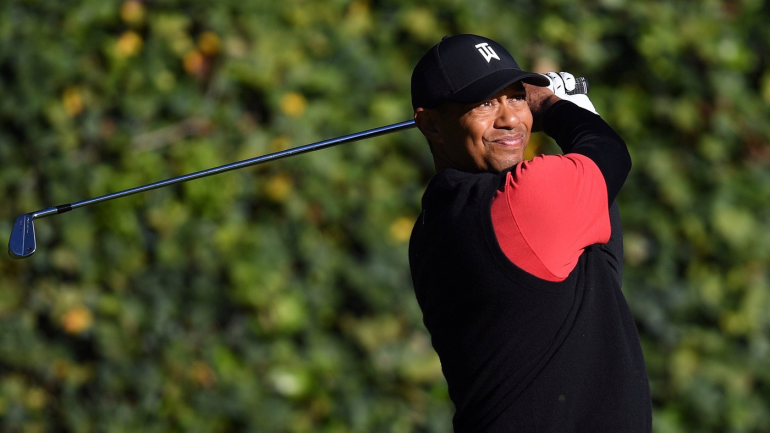 tiger woods score  late fade in final round at 2019