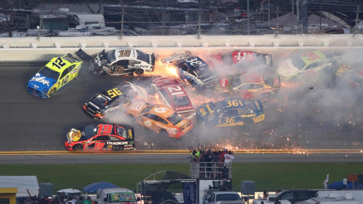 2019 Daytona 500: Late wreck causes massive pile-up with ...