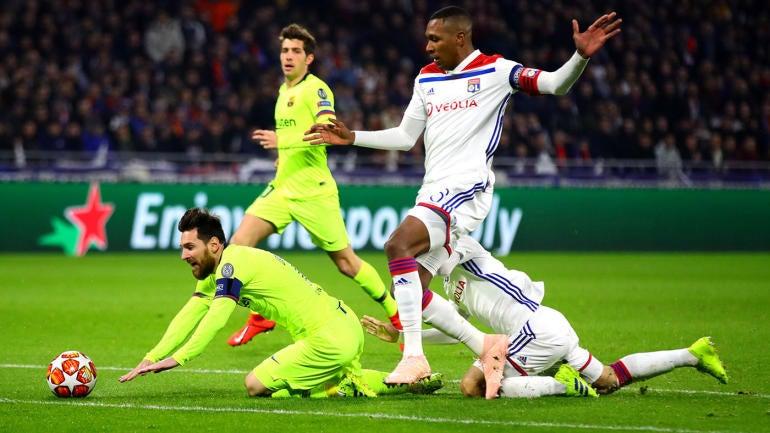 Champions League scores: Liverpool and Bayern Munich held scoreless, Barcelona fails to break down Lyon - CBS Sports