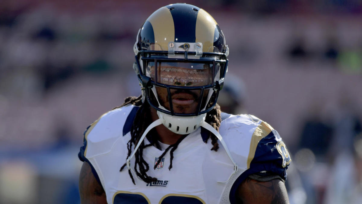 on sale 8a7e8 04ca6 Los Angeles Rams reportedly cut former first-rounder Mark ...