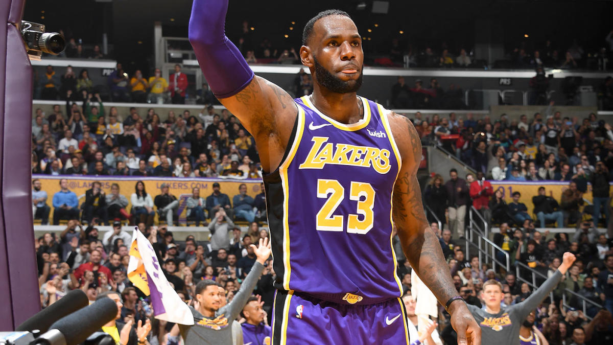 best service d0ac4 92d9c LeBron James and Anthony Davis' jersey swap delayed for 2019 ...