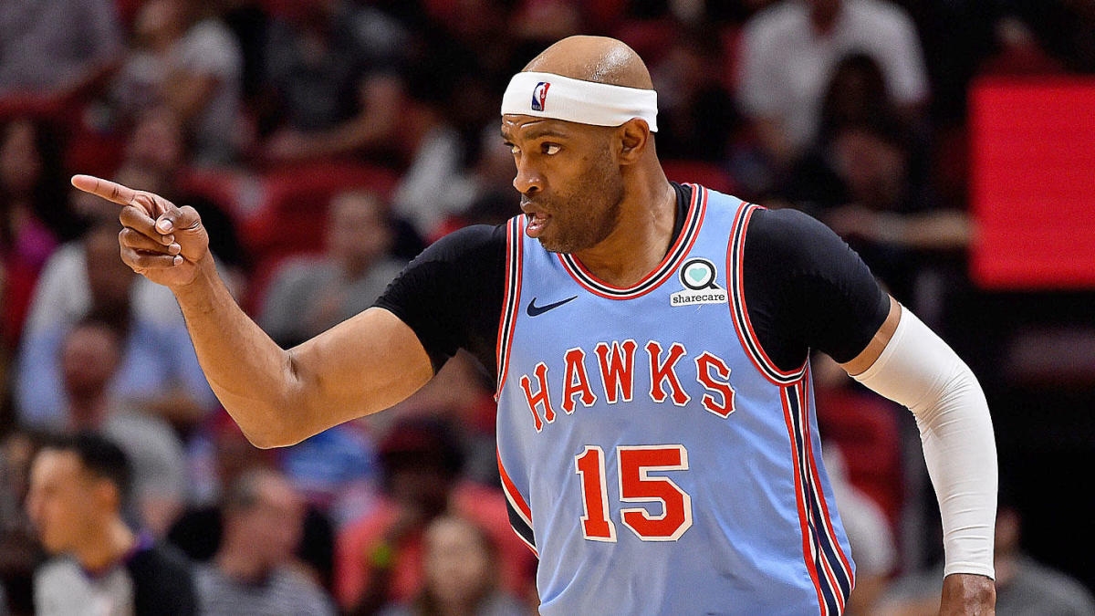 timeless design 20973 9ceb4 Hawks' Vince Carter confirms he wants to play an NBA-record ...