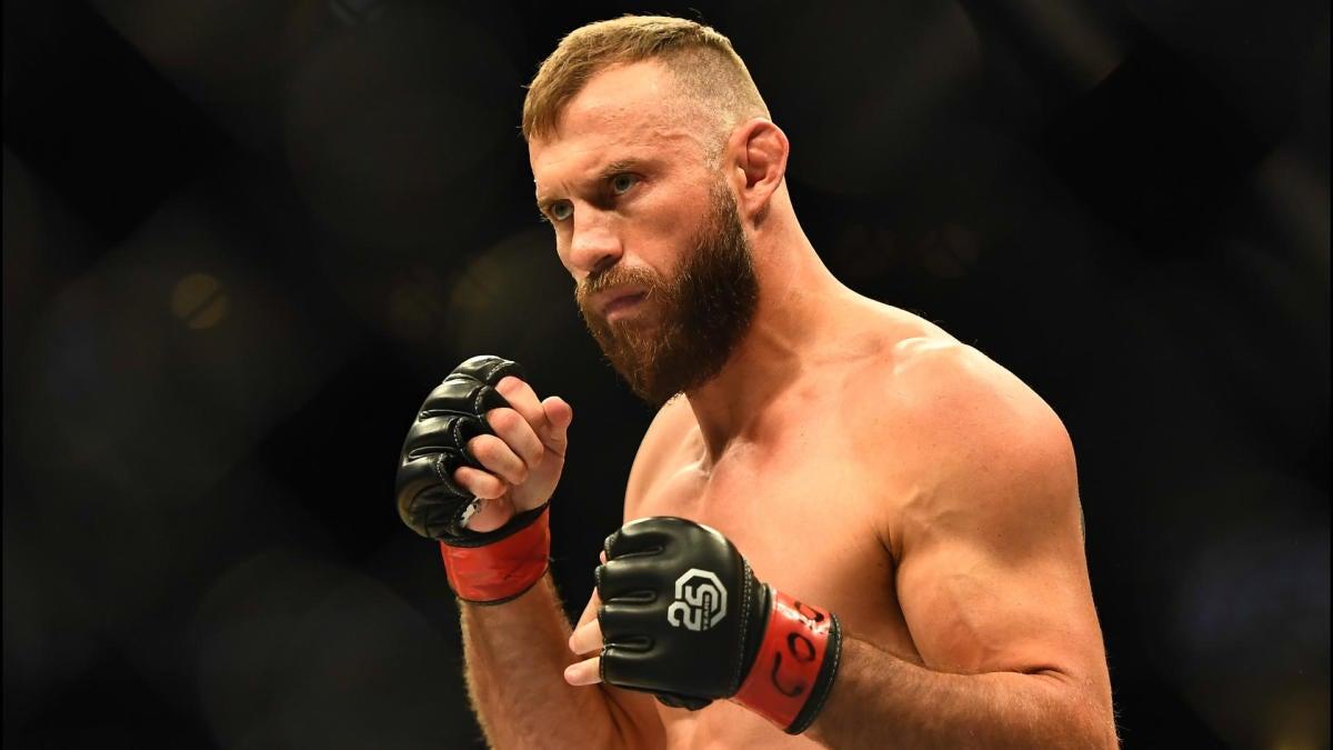 UFC 246 odds, best predictions: MMA insider unveils picks for McGregor vs. Cerrone, Holm vs. Pennington