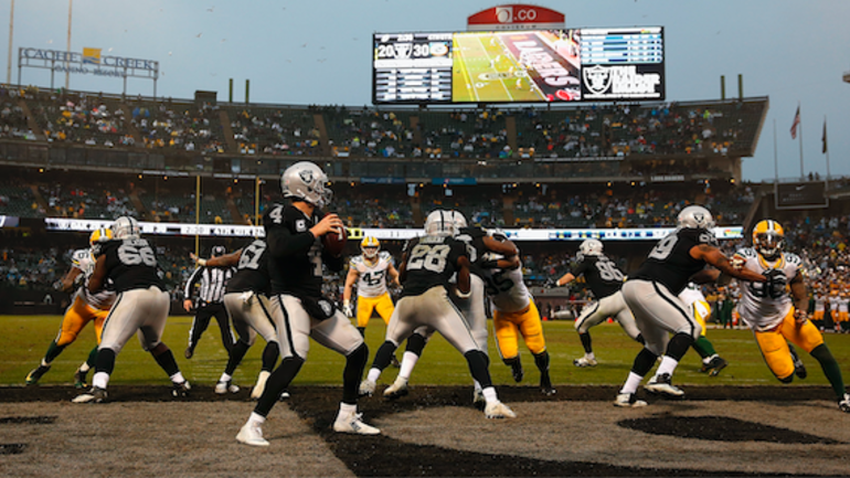 Report: Oakland Raiders to play Green Bay Packers in Winnipeg