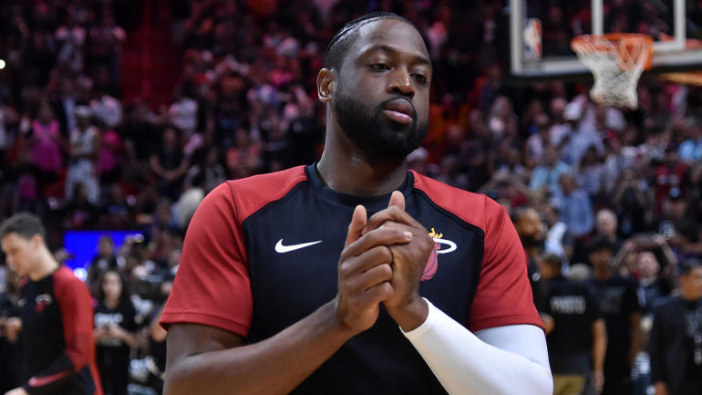 4b528a3a6c3 Heat pay tribute to Dwyane Wade in what could be his last game in Miami -  CBSSports.com
