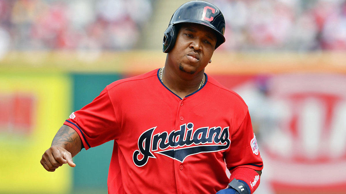 Indians' Jose Ramirez fractures hamate bone in right hand, could miss rest of regular season