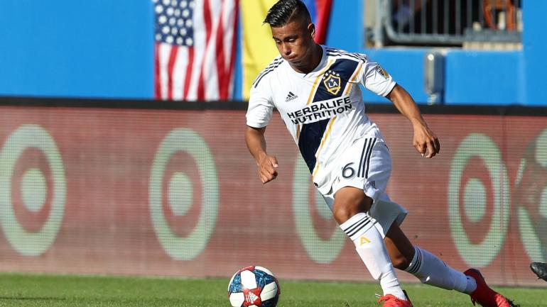 93b6d592c Meet Efrain Alvarez  The U-17 Mexico prospect who s still eligible to play  for U.S. Soccer