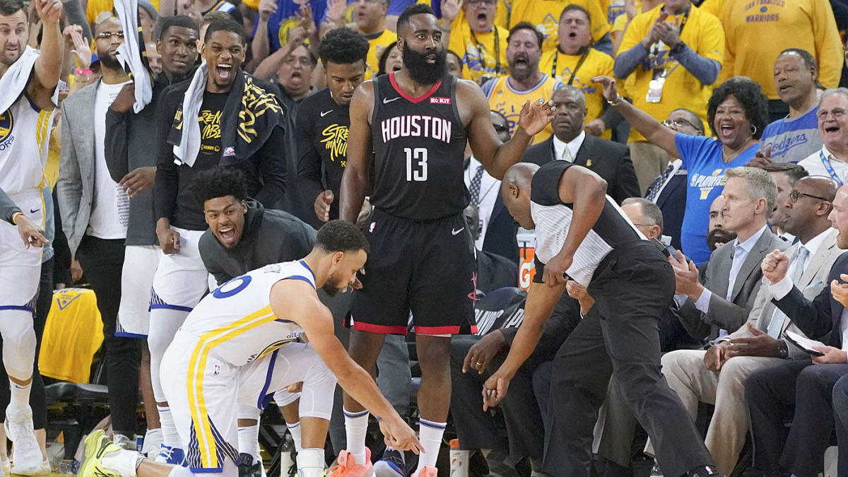 876da421838f NBA Playoffs  League notes three missed Warriors calls late in Game ...