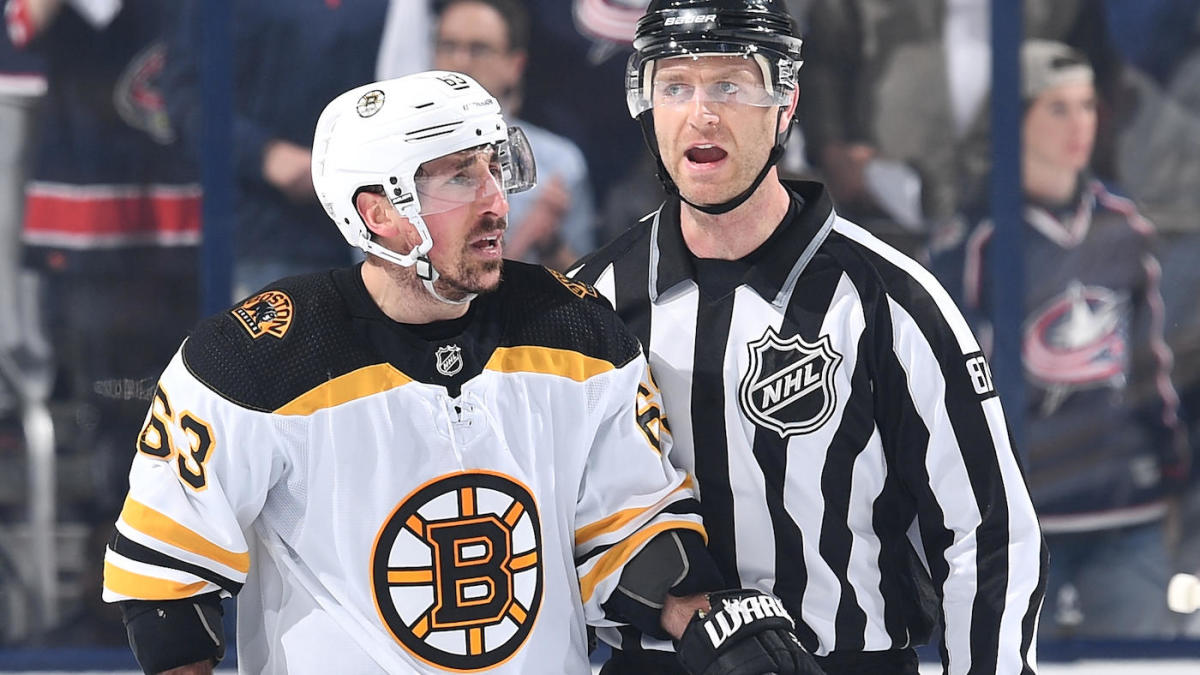 Brad Marchand upset with NHL staff after being taken out of game following a hit and an intermission