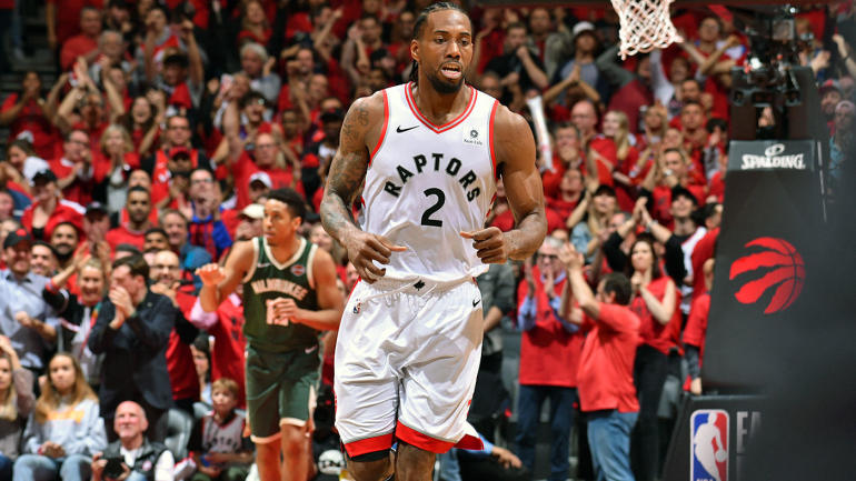NBA Playoffs: Kawhi Leonard posterizes Giannis Antetokounmpo in Game 4 between Raptors, Bucks