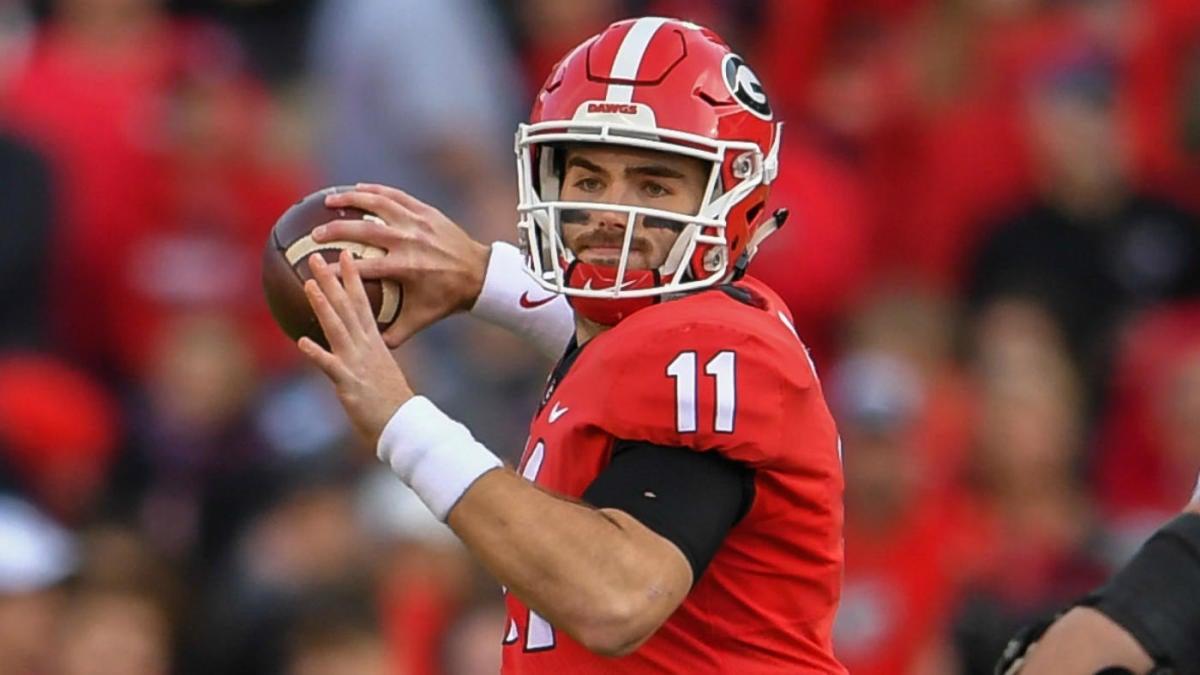 Best Fantasy Qb 2020 2020 Mock Draft: Five quarterbacks go in first round as Patriots