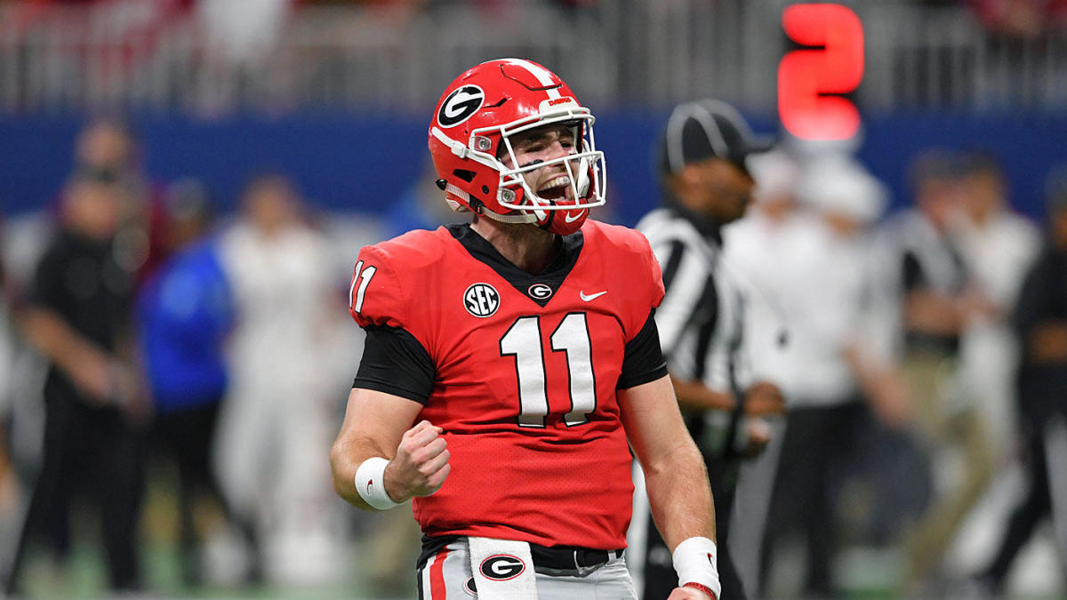 Oddsmaker releases 2019 college football win totals for