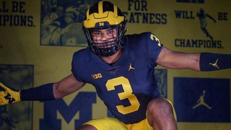 BREAKING: Nation's top safety commits to Michigan