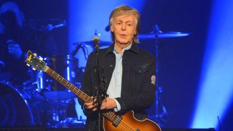 Paul McCartney becomes Green Bay Packers shareholder