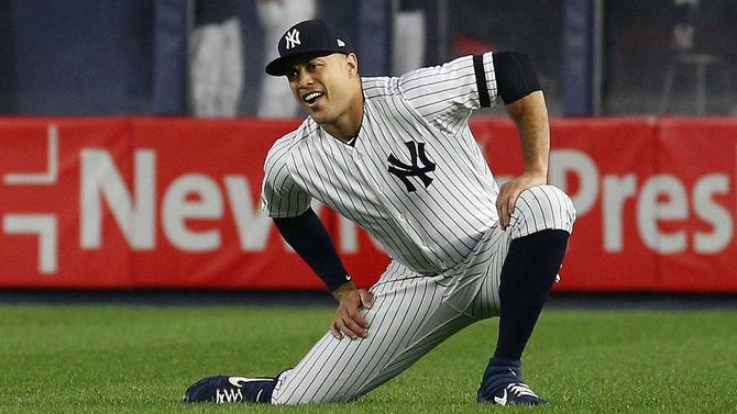 Yankees' Giancarlo Stanton lands back on injured list, will miss London Series with knee injury