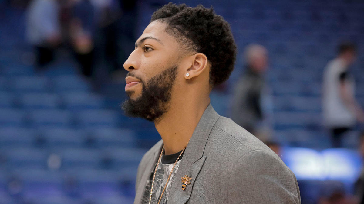 detailed look 3fce9 d391f Anthony Davis used 'NBA 2K' to pick his new jersey number ...