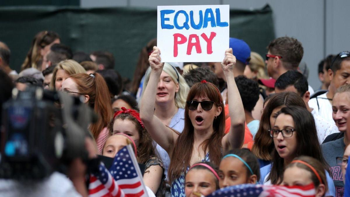 uswnt equal pay.'