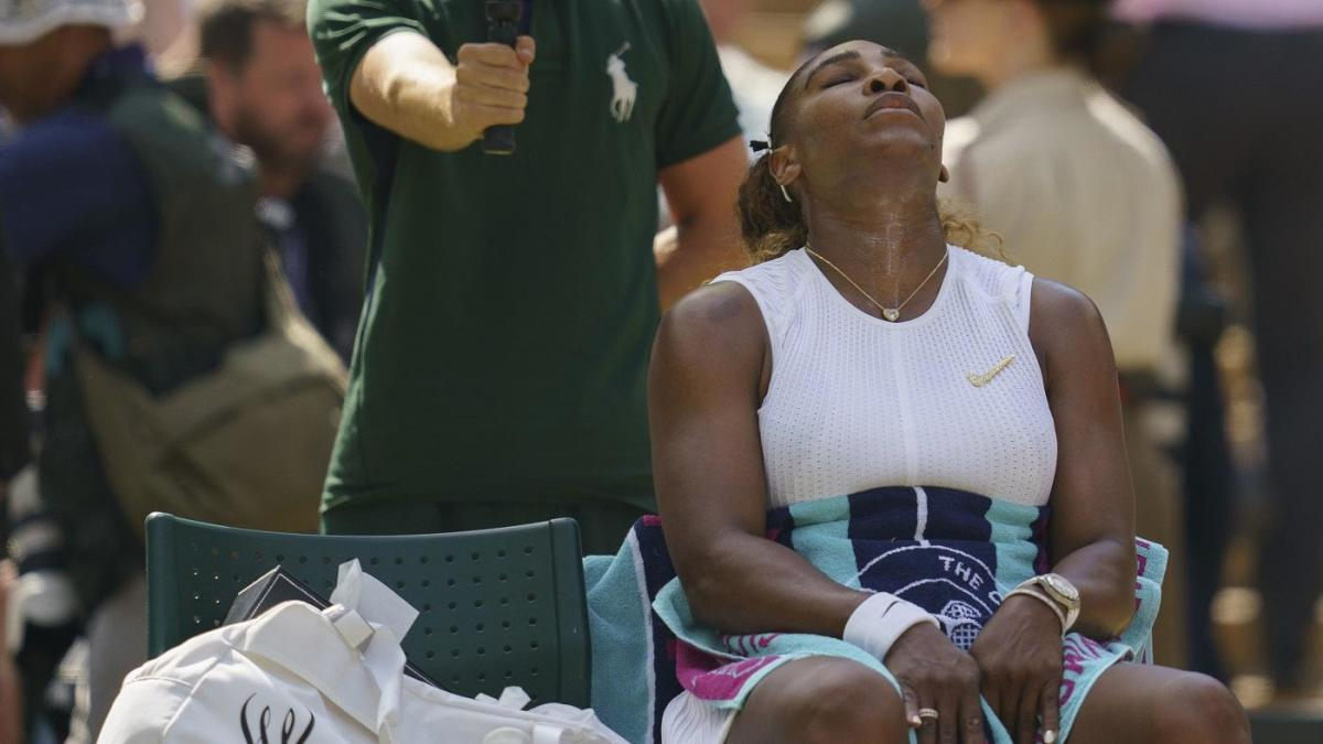Serena Williams misses chance to tie Margaret Court's record with loss to Simona Halep at Wimbledon