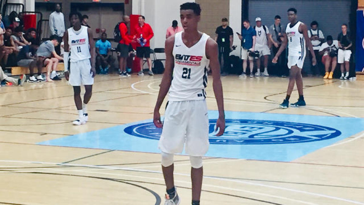 How and why 15-year-old hoops phenom Emoni Bates could play in college -- if top schools ever recruit him