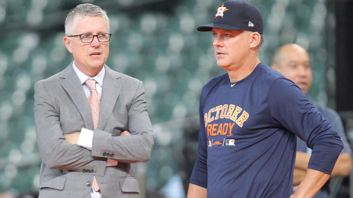 Astros sign-stealing investigation: Team personnel admit to relaying pitching signs in real time, per report