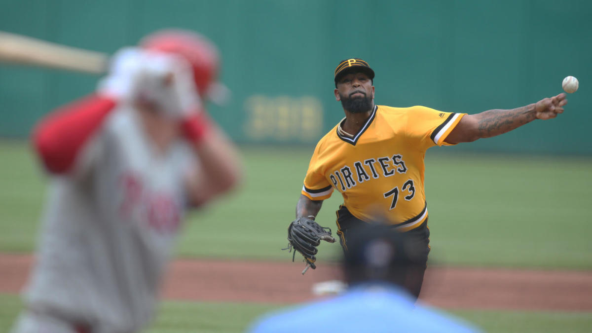 MLB trade deadline rumors: Dodgers, Pirates haggling over Felipe Vazquez; Mets expected to trade Edwin Diaz