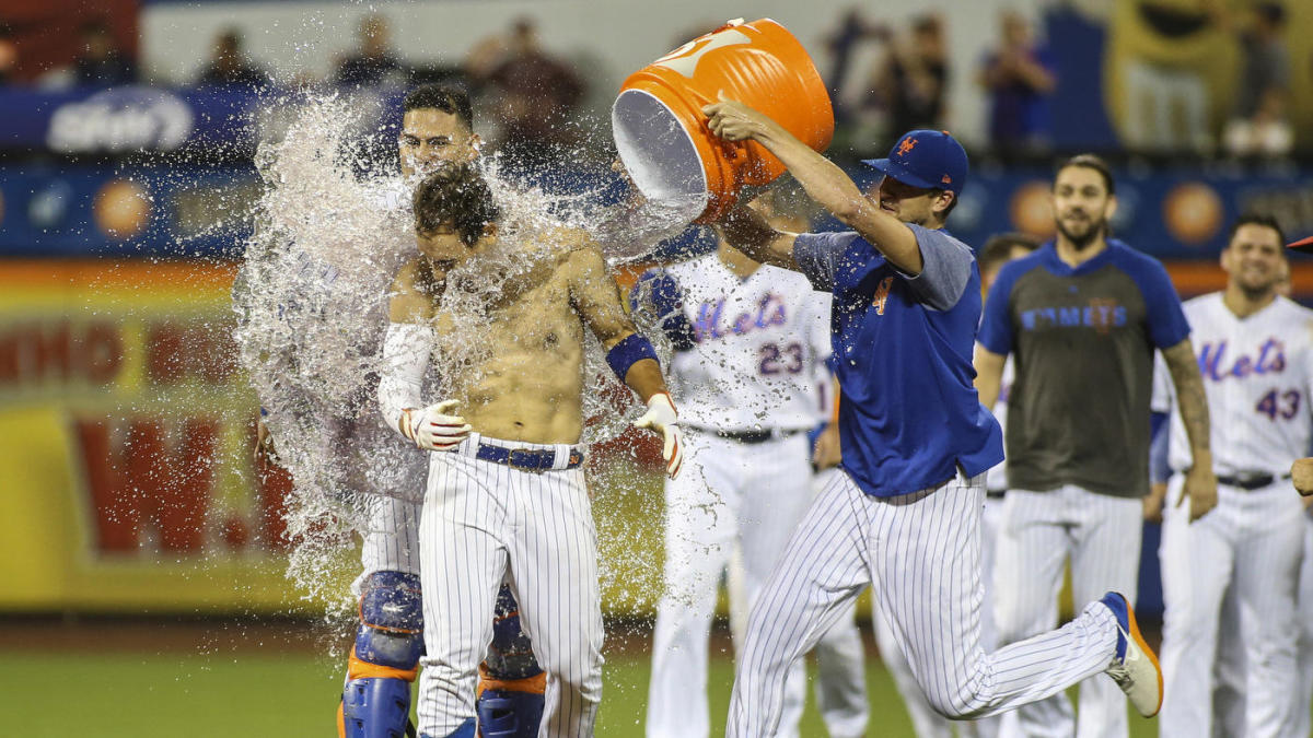 Mets complete their largest ninth-inning comeback since 2015 to stun Nationals, inch closer to postseason position