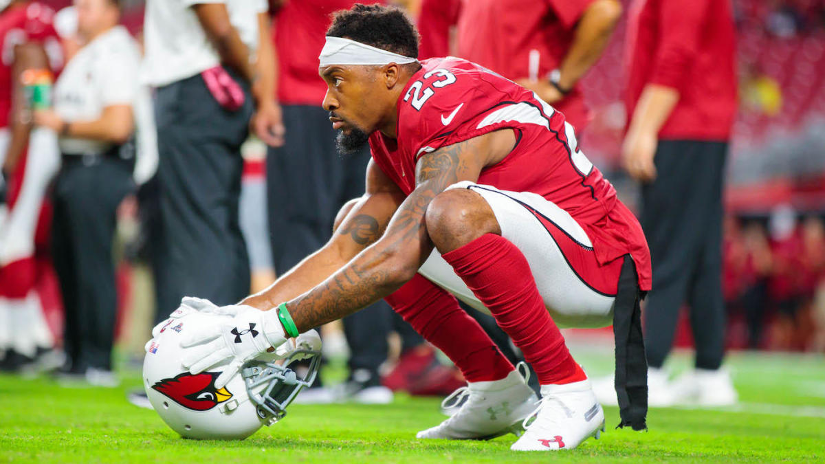 Cardinals starting cornerback suffers tibia fracture, likely to miss half the season