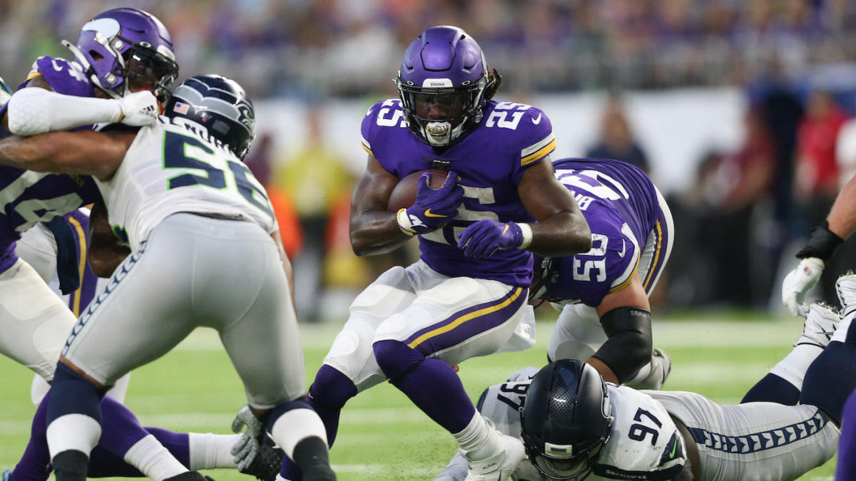 Fantasy Football: Top running backs to stash for the playoffs