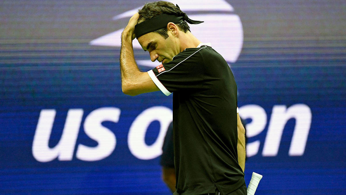 Roger Federer gets point deducted for rare outburst during match at Shanghai Masters