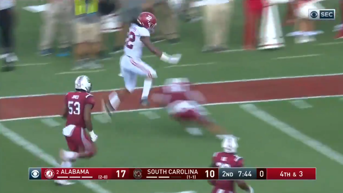 WATCH: Alabama's Najee Harris shows off incredible moves on his way to touchdown vs. South Carolina