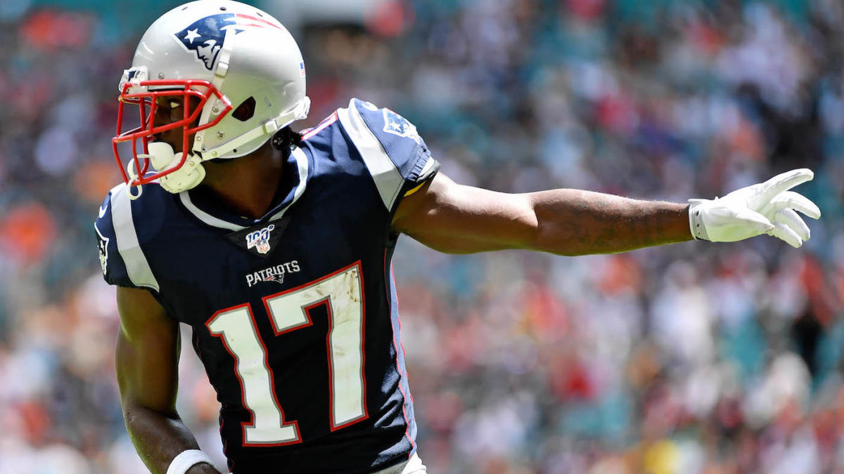 Antonio Brown Takes Positive First Step During Patriots