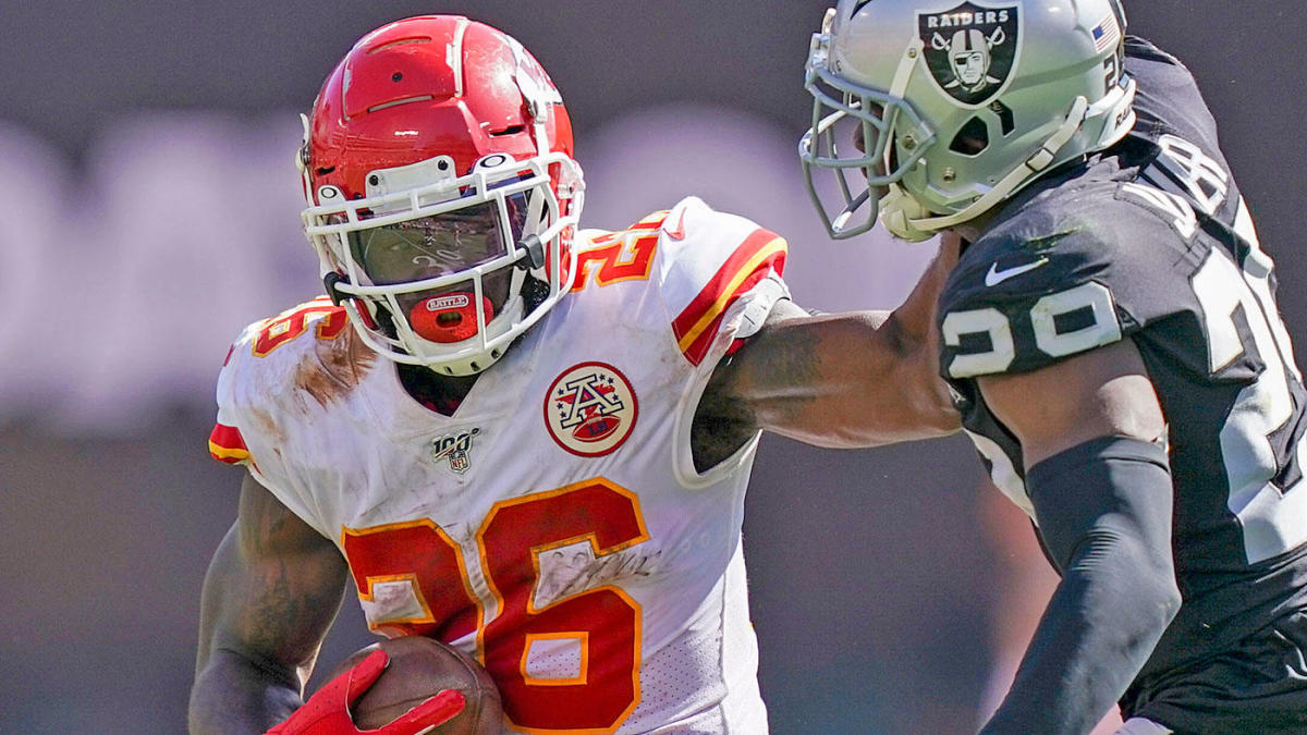 Chiefs vs. Broncos odds, line: Thursday Night Football picks, predictions from proven model on 86-58 run