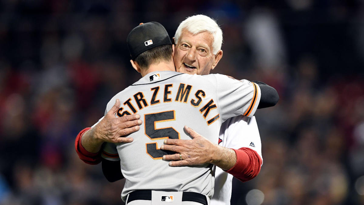 Hall of Famer Carl Yastrzemski throws out first pitch to grandson Mike at Fenway Park