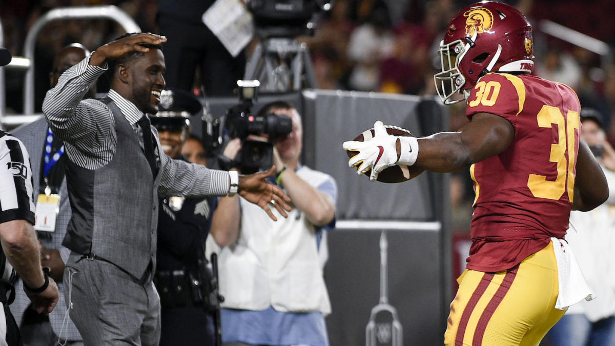 Reggie Bush's USC return included harsh criticism, adoration and even an unsportsmanlike penalty
