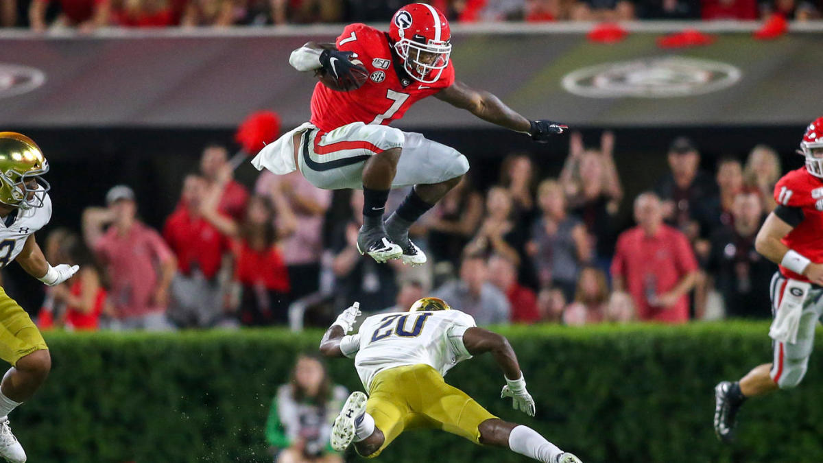 Coaches Poll top 25: Georgia gets first-place vote, UCF nearly out of college football rankings