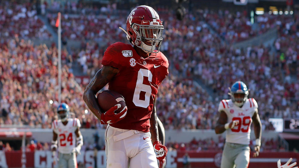 Alabama star WR DeVonta Smith suspended for half of Tennessee game after ejection in Texas A&M win