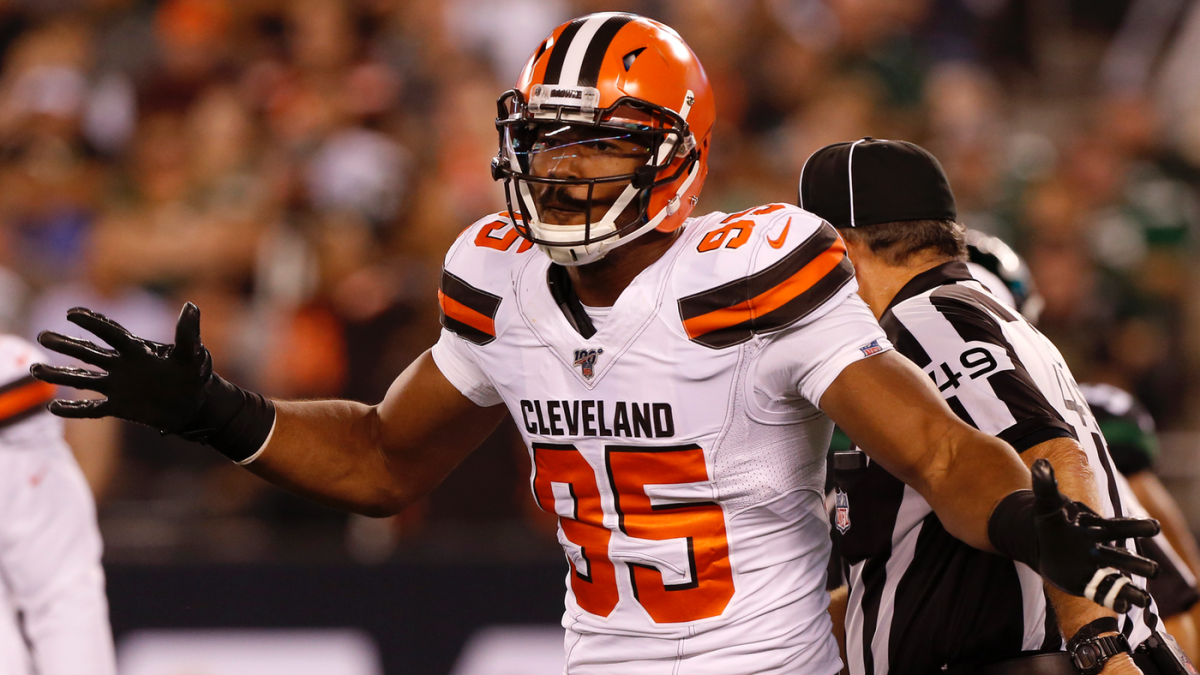 Myles Garrett takes the high road after being punched by fan who asked for photo
