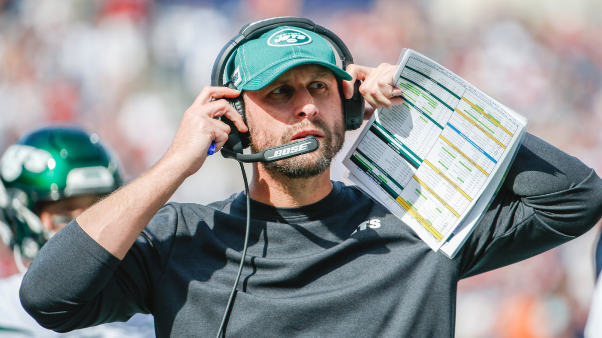 Adam Gase off hot seat after Jets owner says he'll remain coach for 2019 and longer