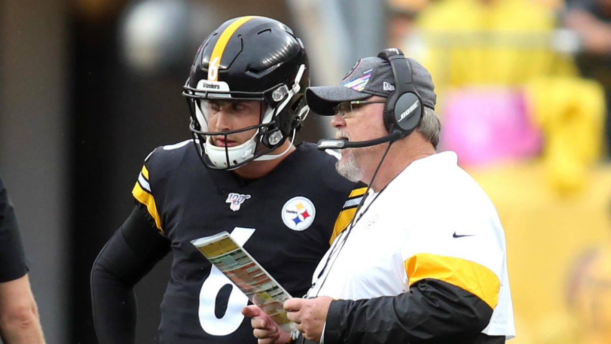 Mike Tomlin, Steelers offensive staff pushed to keep Devlin Hodges over Josh Dobbs