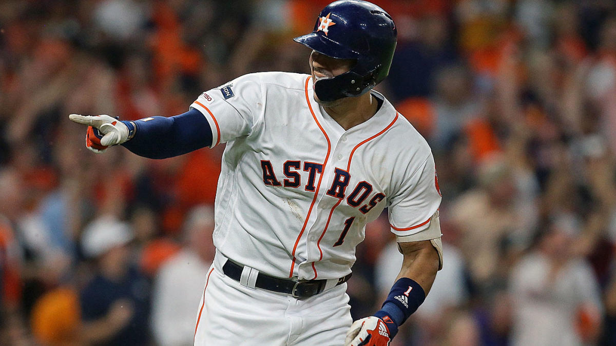 Astros vs. Yankees: Carlos Correa's flawless run-saving defensive play makes his walk-off homer possible