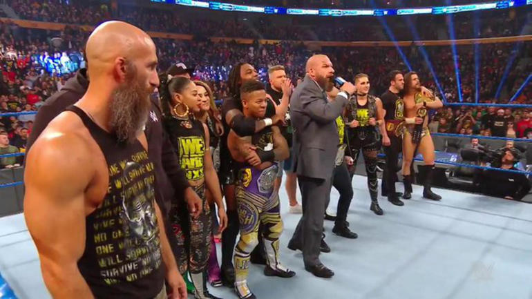 WWE SmackDown results, recap, grades: Shocking NXT invasion, Brock Lesnar quits and moves to Raw