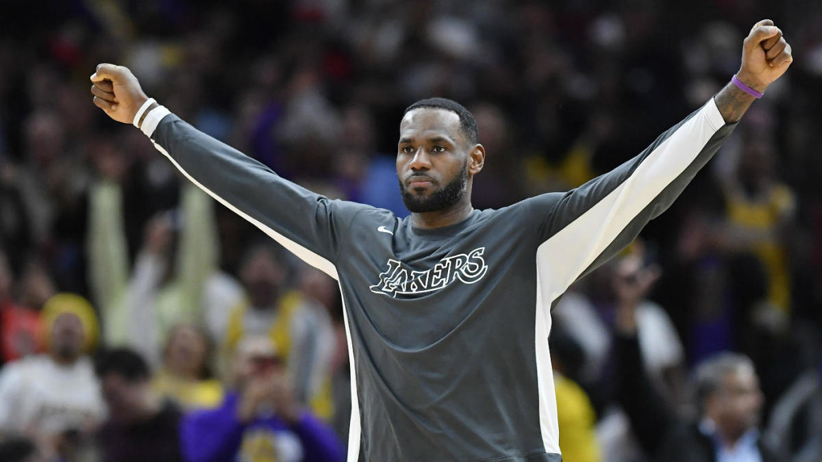 LeBron James on end of career approach: 'Me and Tom Brady are one in the same'