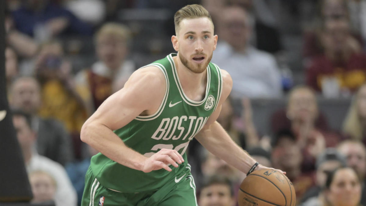 Gordon Hayward Injury Update Celtics Star Could Return From Broken Hand On Monday Vs Cavaliers Cbssports Com