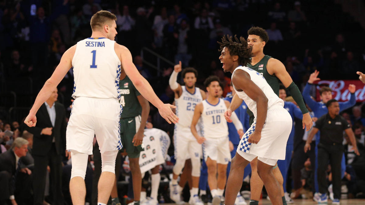 College basketball rankings: Kentucky jumps to No. 1 in AP Top 25 poll, Michigan State slips to No. 3