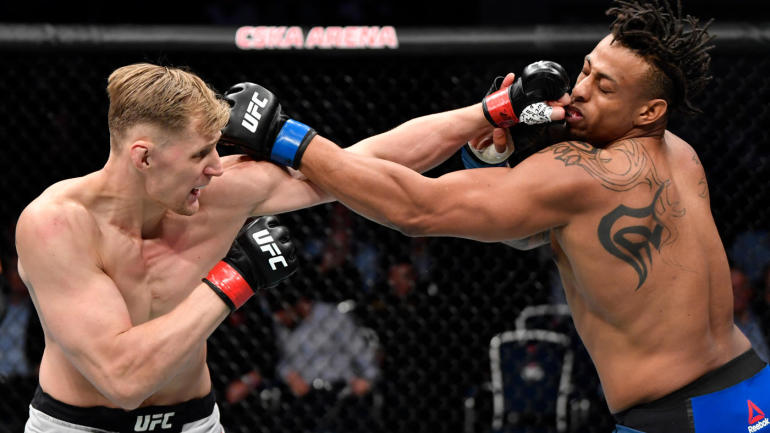 UFC Fight Night 163 results, highlights: Alexander Volkov cruises to comfortable win over Greg Hardy