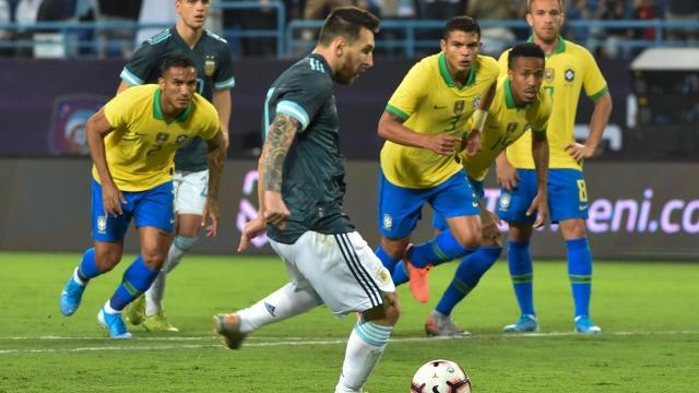Argentina Vs Brazil Score Lionel Messi Secures Winning Goal After Penalty Kick Miss Cbssports Com