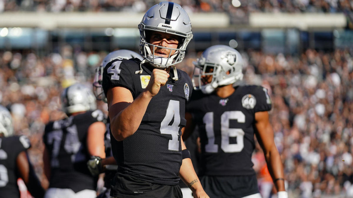 NFL Week 11 scores, highlights, updates, schedule: Derek Carr getting it done with arm and legs