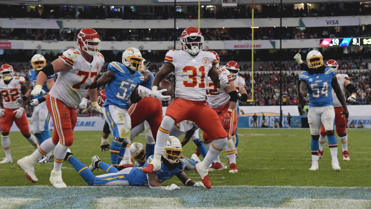 Chiefs vs. Chargers score: Kansas City picks off Philip Rivers four times, holds off late comeback attempt - CBSSports.com