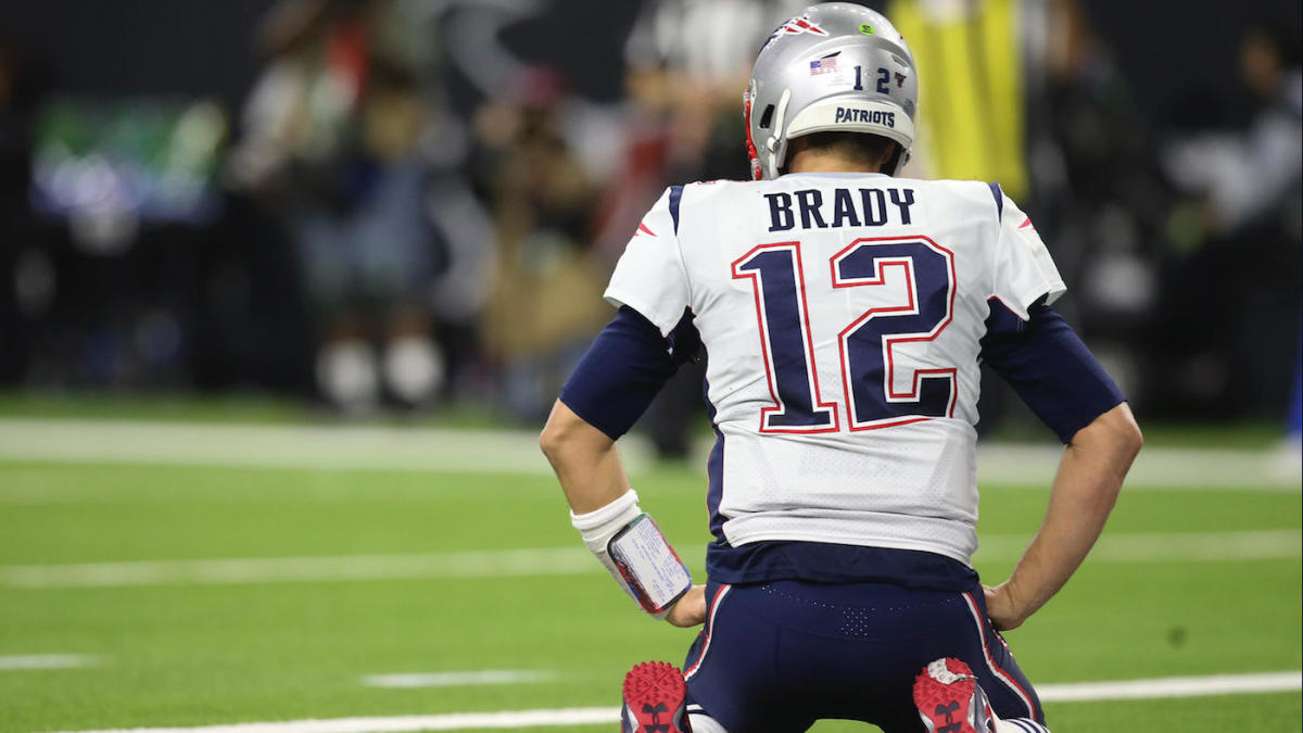 Tom Brady tears into Patriots' receivers during loss to Texans, demands they be 'more explosive'
